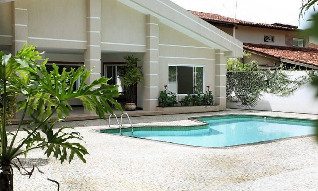A nova casa da ministra Dilma Rousseff, no Lago Sul de Brasília - Sérgio Marques O Globo