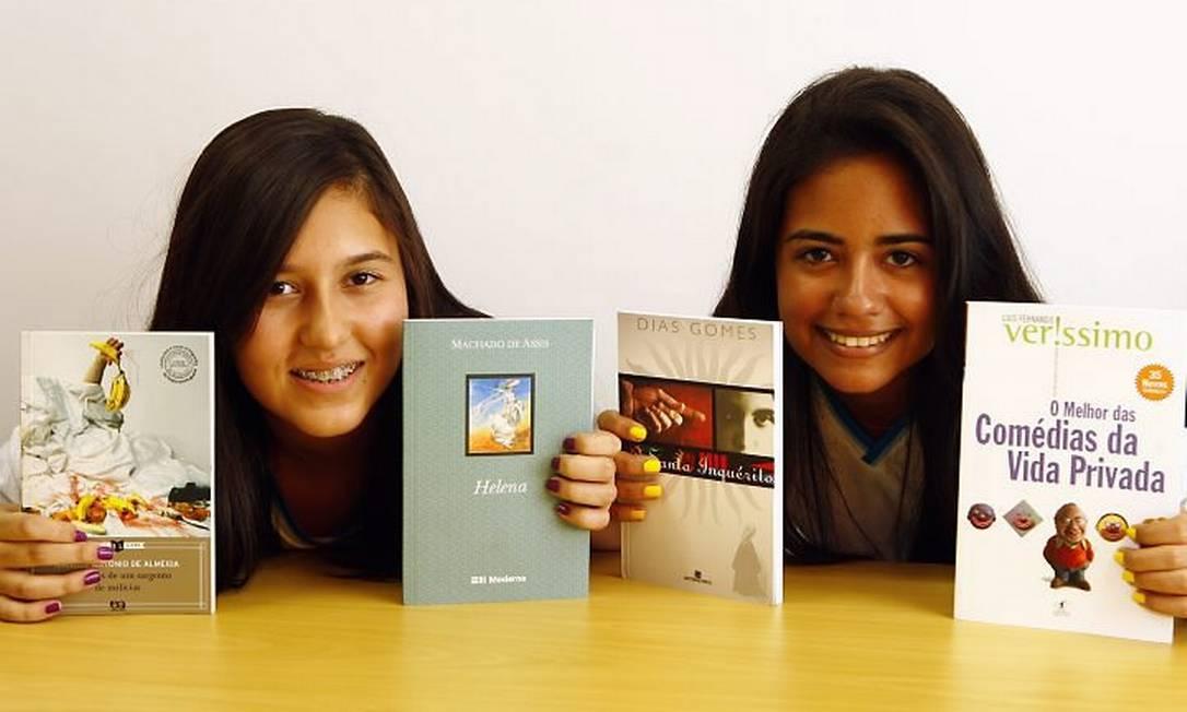 - Livros que o Colégio PH utilizam em suas aulas de Literatura.