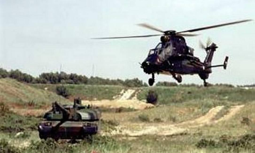 Modelo de helicóptero que caiu no Pantanal Reprodução TV Morena
