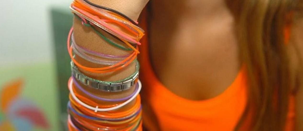 Vereadores proíbem 'pulseirinhas do sexo' em escolas de Navegantes, em Santa Catarina. Foto: ClicRBS