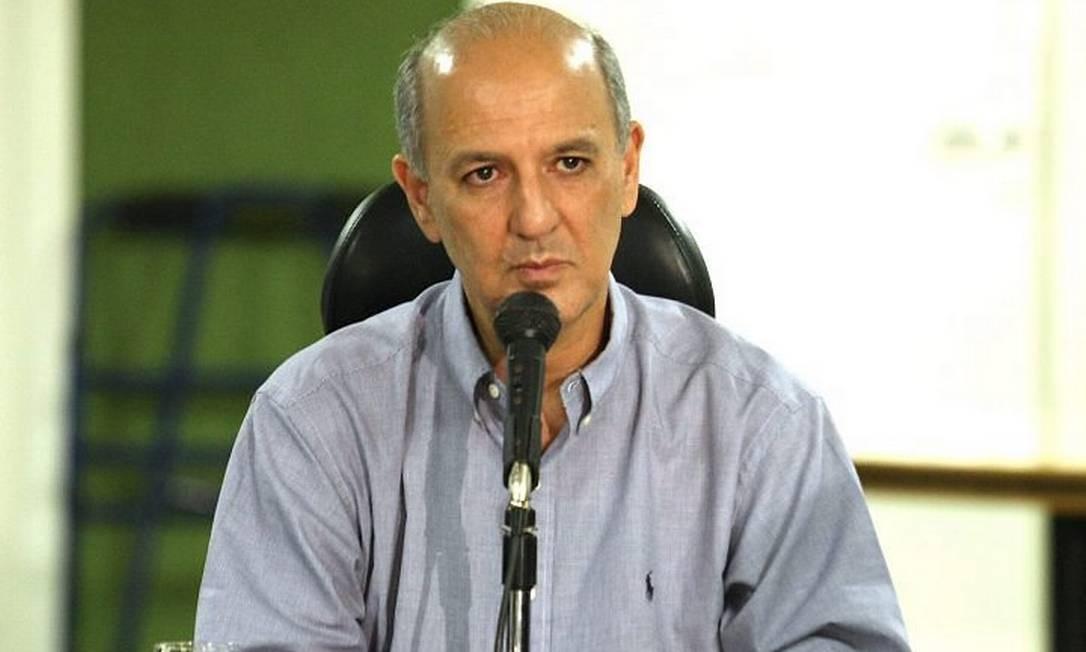 O governador afastado do DF, José Roberto Arruda, em foto de 14122009 - Ailton de FreitasO Globo