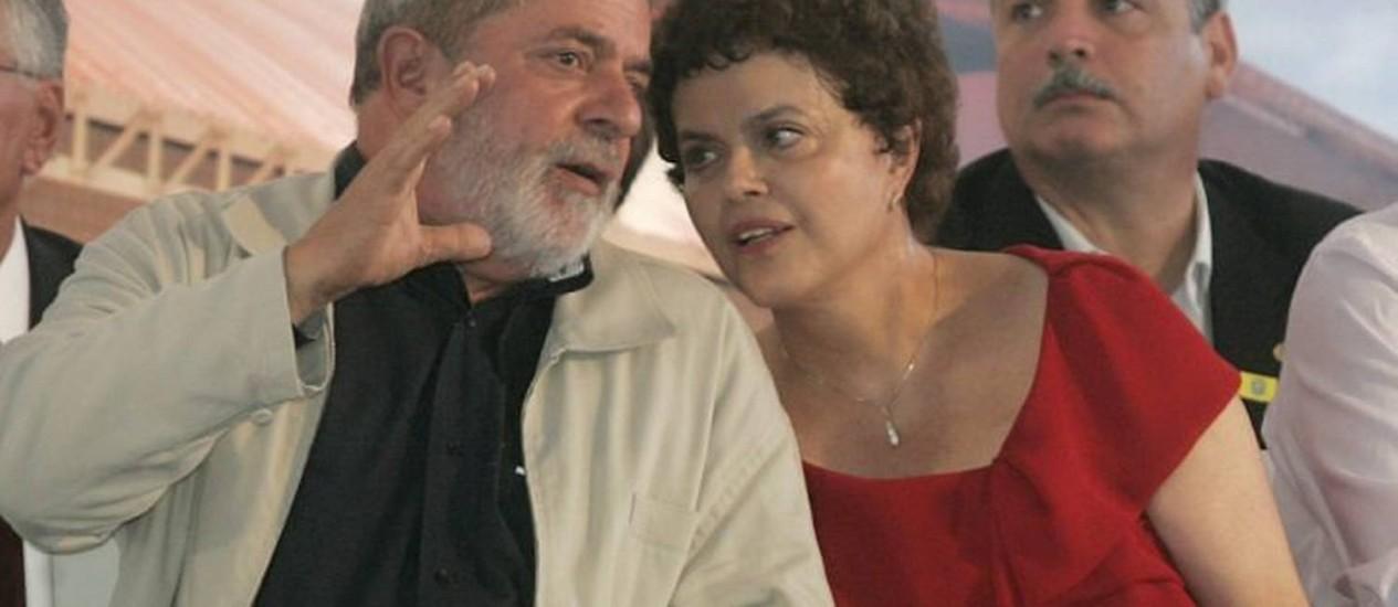 Lula em um evento com Dilma em Recife: defesa do estado forte - Hans von Manteuffel