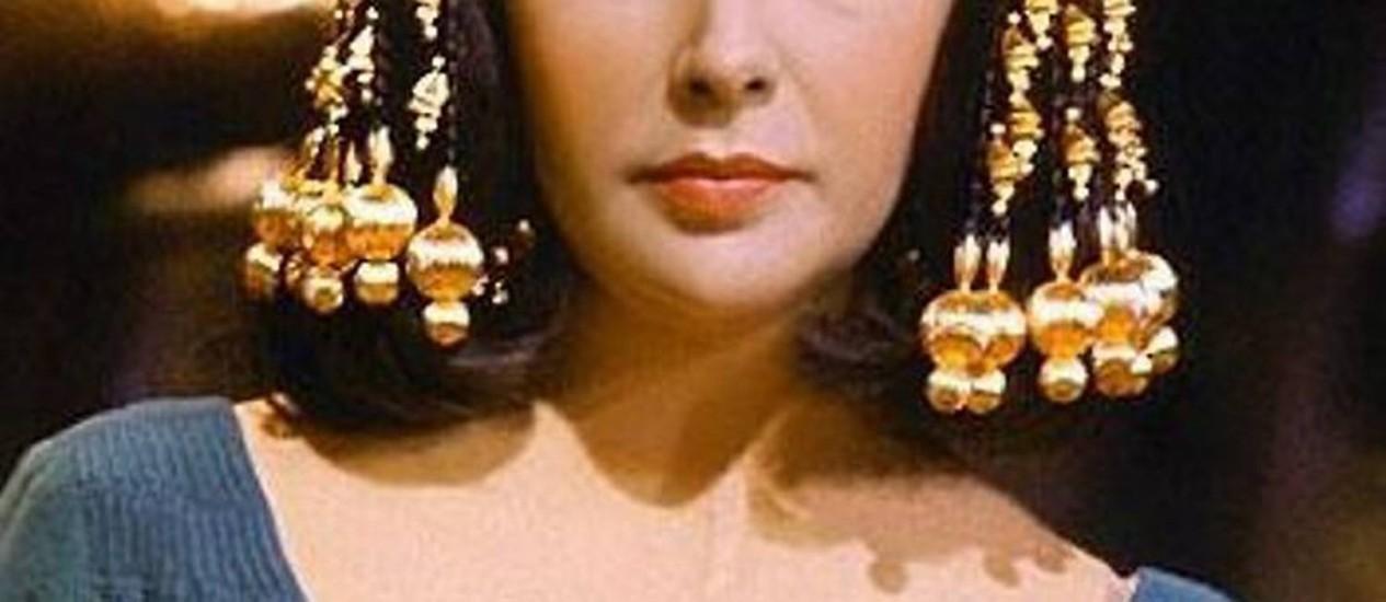 A atriz Elizabeth Taylor como Cleópatra. Foto: Arquivo