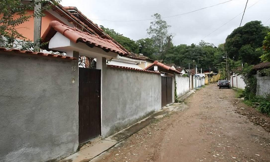 VILA DE CASAS construídas no Horto, numa região federal administrada pelo Jardim Botânico: futura Área de Especial Interesse Social (Aies) caso projeto seja aprovado Foto de Márcia Foletto - O Globo