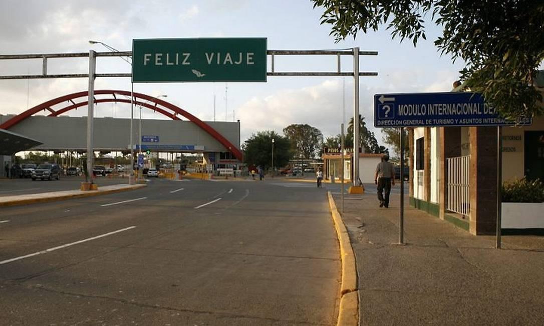 Imagem da fronteira do México com o Texas, onde normalmente milhares de pessoas passam - Reuters