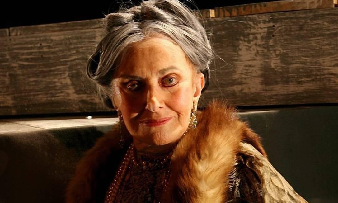 A atriz Ida Gomes ensaia uma peã Arquivo