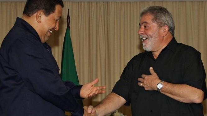 Presidente Lula se encontra com Hugo Chávez em Salvador - Divulgação Presidência