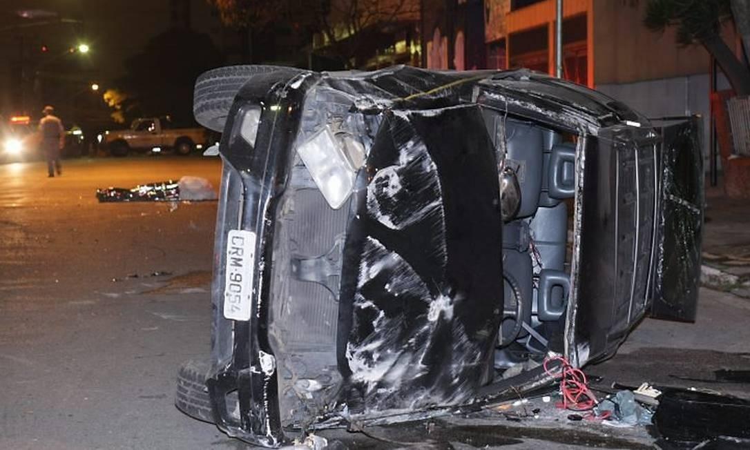 Blazer Blindada Capota E Jovem De 29 Anos Morre No Bairro Do