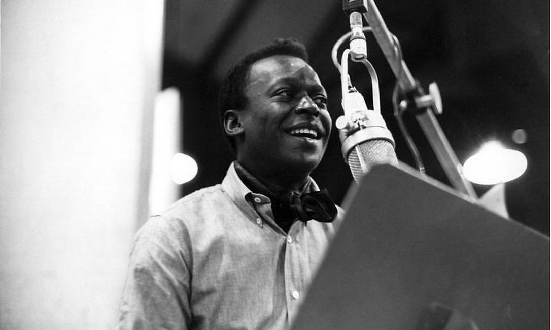 Miles Davis numa das sessões de 'Kind of blue', disco fundamental do jazz que chega aos 50 anos Divulgação