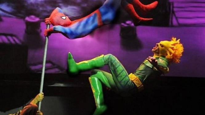 Cena do espetáculo do 'Homem-Aranha' no Maracanãzinho Foto divulgação