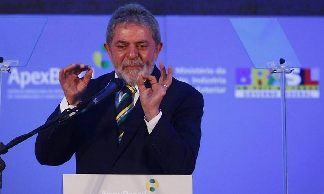 O presidente Lula disse que os empresários terão que aprender a conviver com impostos altos, em discurso para para uma plateia de exportadores, em evento promovido pela Apex Brasil, no Rio - Foto: Marco Antônio Teixeira - O Globo