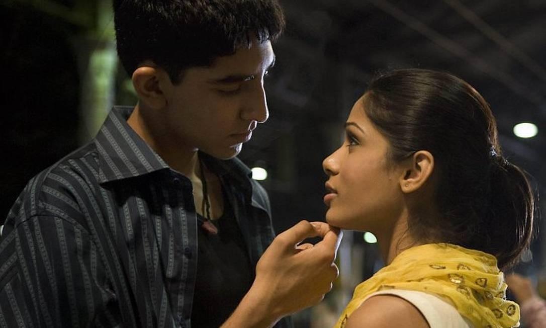 Resultado de imagem para Slumdog Millionaire: Eu gostaria de ser um milionário