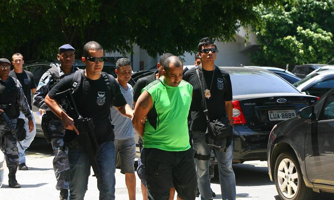 Bandidos presos durante o cerco à Rocinha também foram encaminhados para Gericinó Foto: Angelo Antonio Duarte - O Globo