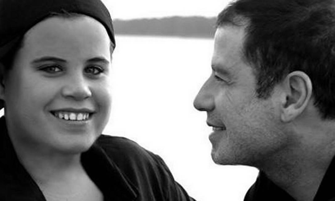 O ator John Travolta com o filho Jett, morto no domingo. Foto: cortesia da família Travolta