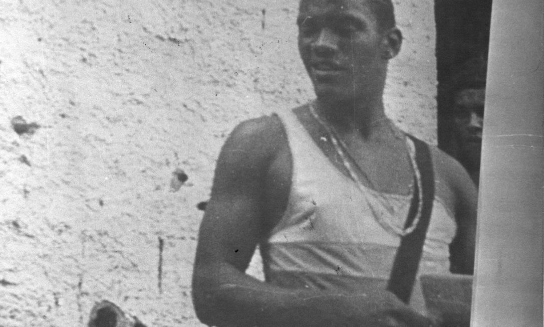 O traficante Ednaldo de Souza, o Naldo, foi um dos bandidos que assumiram o comando do morro após a morte de Sérgio Ferreira da Silva, o Bolado, em 1988 Arquivo O Globo