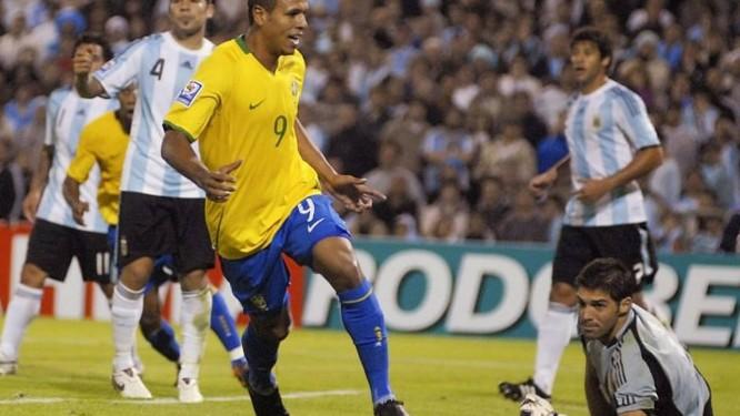 Brasil bate a Argentina em Rosário e se classifica para a Copa de ... 7e5df00c004ae