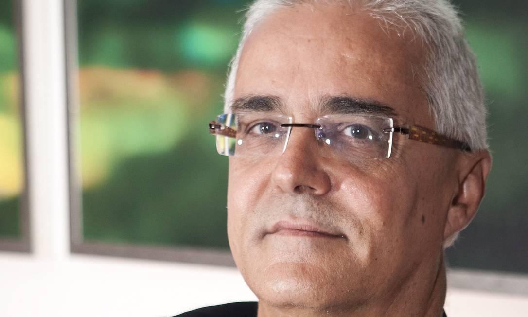 Antonio Botelho diz que o número de investidores caiu em 2008, com o agravamento da crise, mas voltou a crescer a partir de 2009 Foto: Guito Moreto / Agência O Globo
