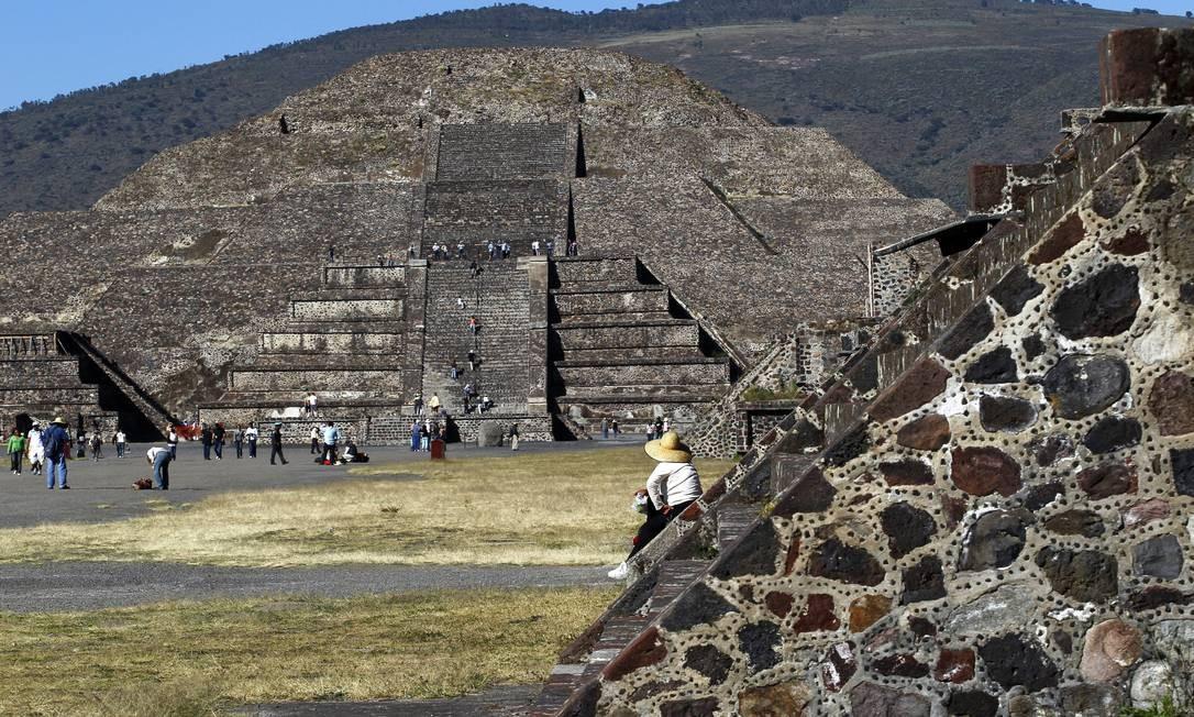Pirâmide da Lua, numa das pontas de Teotihuacán, conhecida como