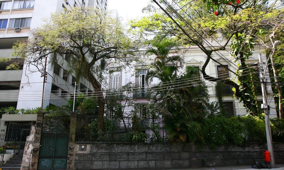 Em rosa, a fachada da casa 343 da Rua Cosme Velho, onde morou Candido Portinari Foto: Angelo Antônio Duarte