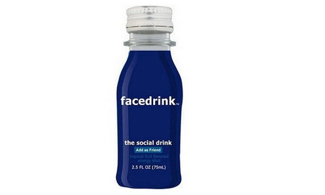 Facedrink, a bebida energética 'social' inspirada no Facebook que está à venda na internet Foto: Reprodução