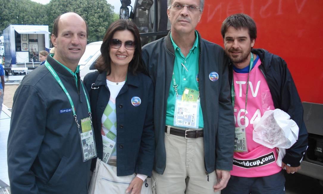 Na Copa da Alemanha, em 2006, ao lado de Marcos Uchoa, Pedro Bial e Andrucha Waddington: em sua carreira, Fátima cobriu eventos marcantes Arquivo
