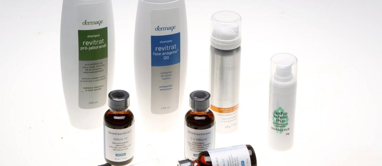 Os nutricosméticos em cremes, gotas e cápsulas contêm vitaminas e extratos de plantas que rejuvenescem a pele Foto: Fábio Rossi