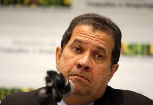 Ministro do Trabalho, Carlos Lupi, em coletiva de imprensa
