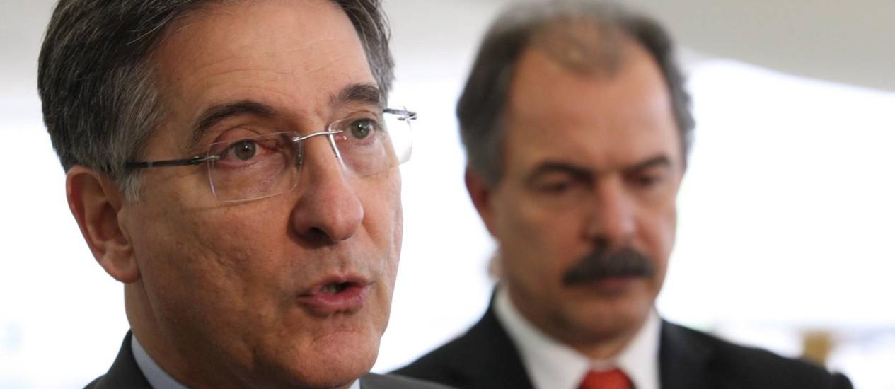 Ministro Fernado Pimentel durante coletiva no Palacio do Planalto Foto: Gustavo Miranda / O Globo