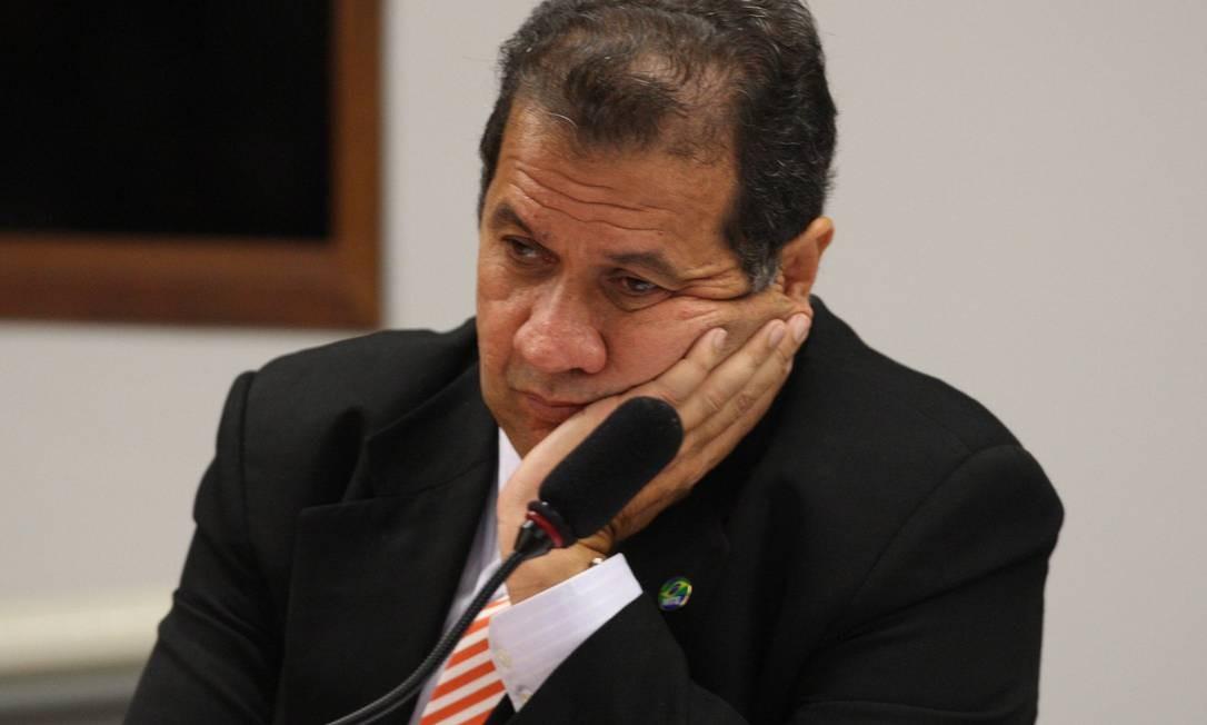 Ministro Carlos Lupi pediu demissão neste domingo Foto: Ailton de Freitas / O Globo