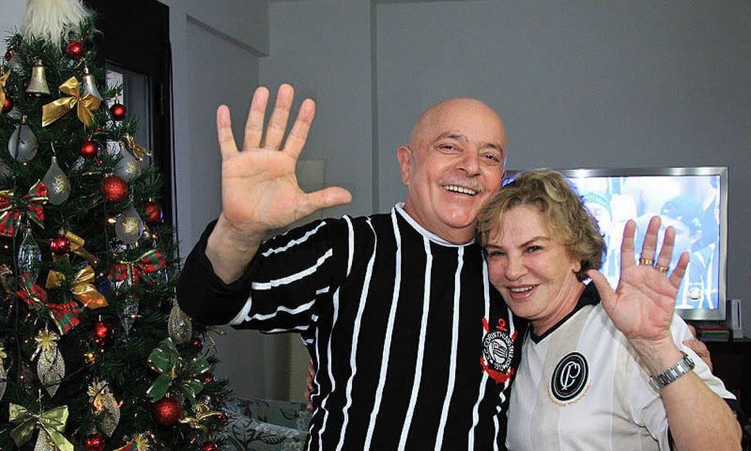 Lula ao lado de Dona Marisa, que tem acompanhado o marido durante o tratamento contra o câncer Foto: Ricardo Stuckert / Instituto Lula
