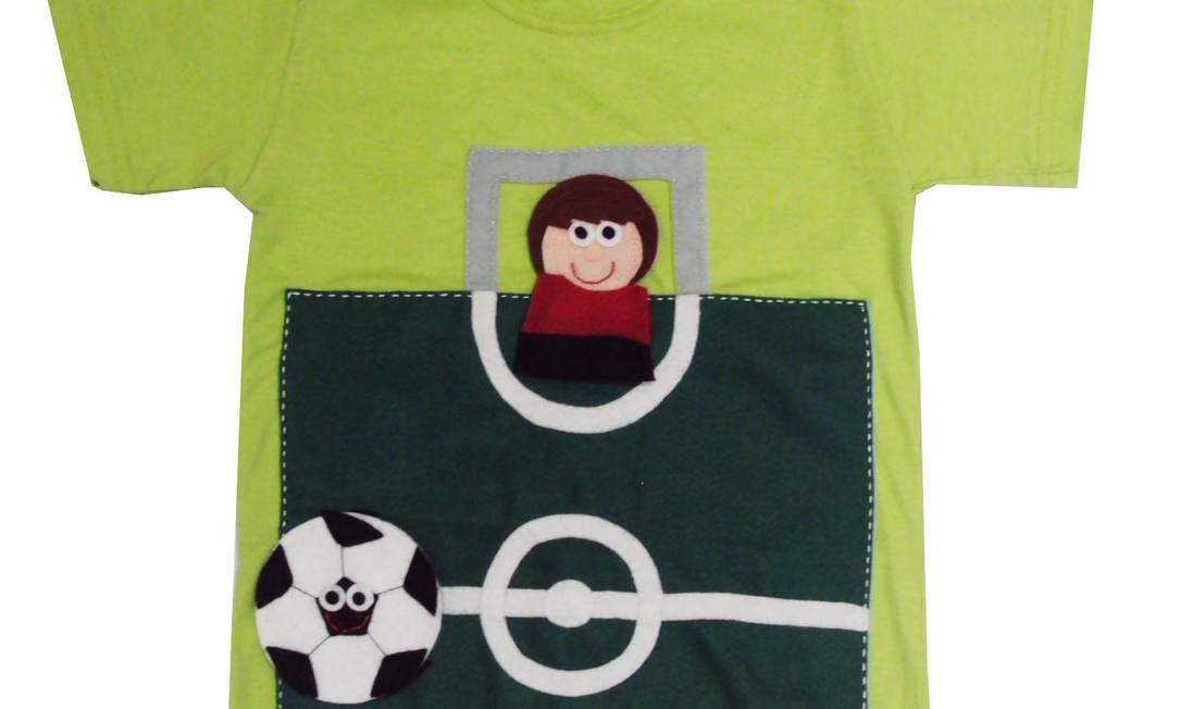 Detalhe da camiseta Futebol - R$ 85 - Mairoca - www.mairoca.com.br Divulgação / Divulgação