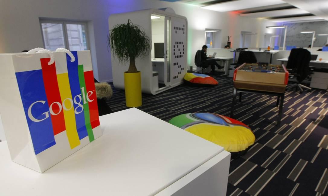 Nova sede da Google France em Paris Foto: POOL / REUTERS