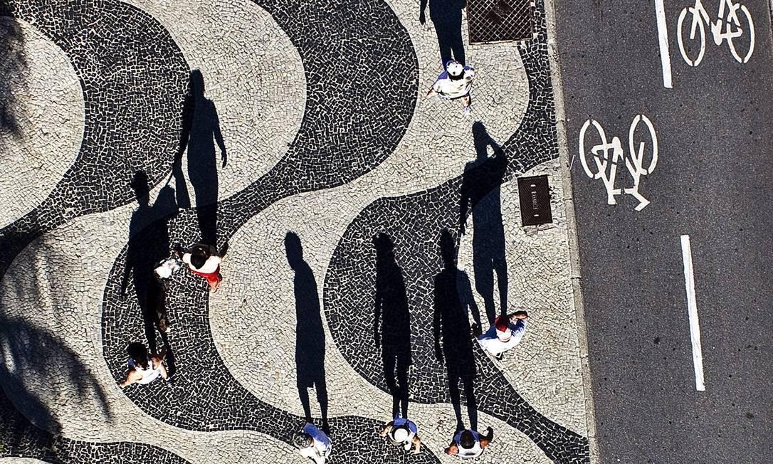Vista aérea do calçadão de Copacabana Chico Lima