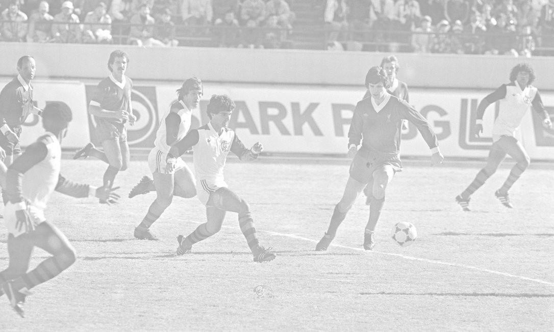 O Liverpool vivia um momento de transição em dezembro de 1981 Foto: O GLOBO / Arquivo