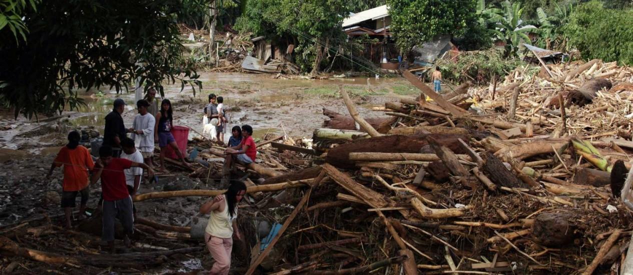 Na ilha Mindanao, os estragos provocados pelo tufão Washi, que matou dezenas nas Filipinas Foto: CHERRYL VERGEIRE / AFP