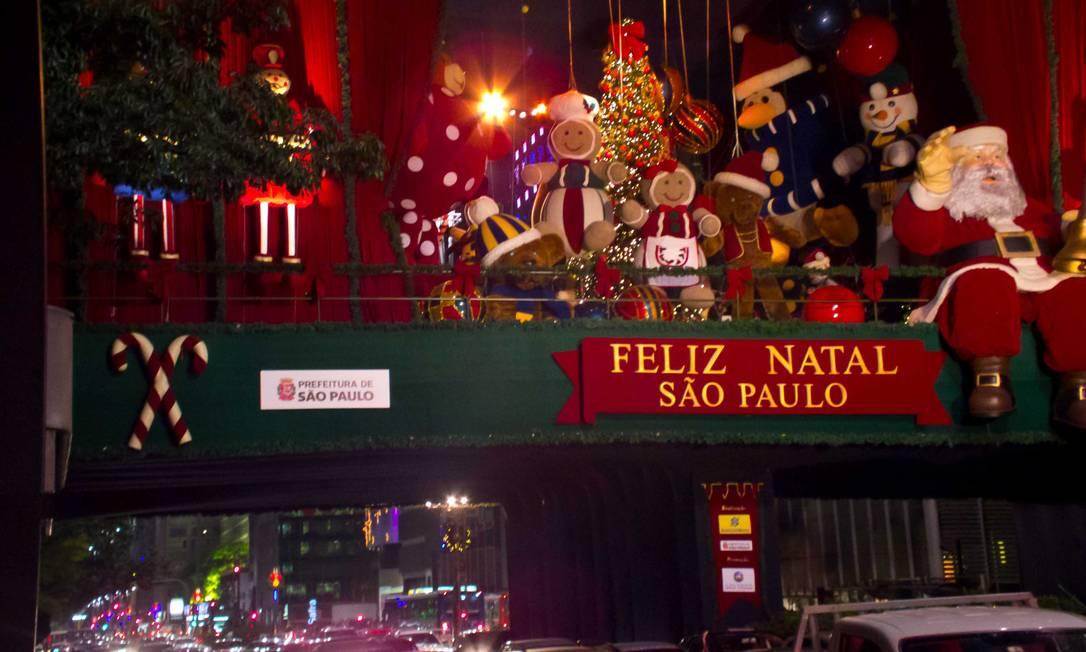 Paulistas aproveitam para curtir o clima de Natal. Foto do leitor Claudio Amaral / Eu-Repórter