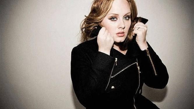 Adele: cantora vendeu mais de 15 milhões de cópias de seu disco