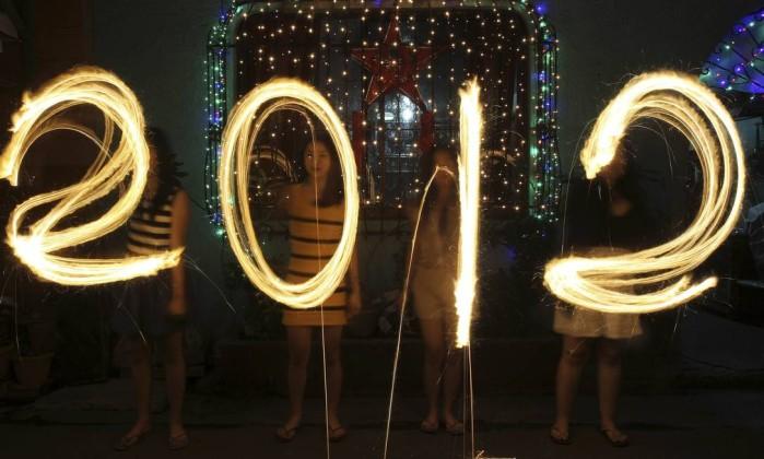 Nas Filipinas, a população já deu boas-vindas a 2012 ROMEO RANOCO / REUTERS