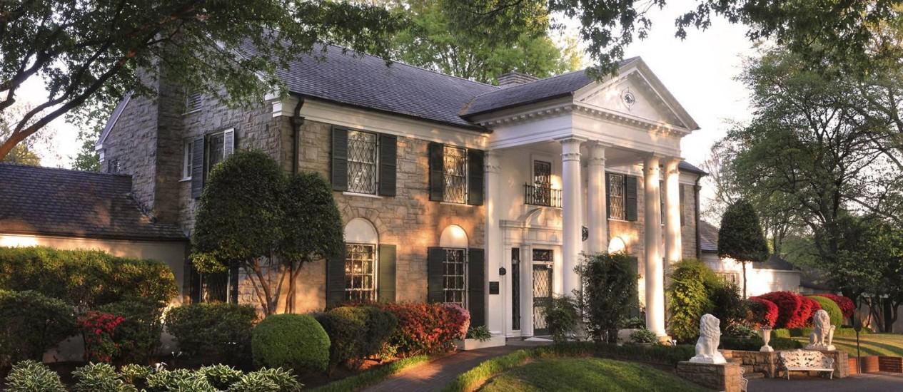 Graceland, a mansão onde Elvis viveu e onde sua filha Lisa Marie Presley cresceu, inaugura três exibições em 2012 Foto: Divulgação/Elvis Presley Enterprises Inc.
