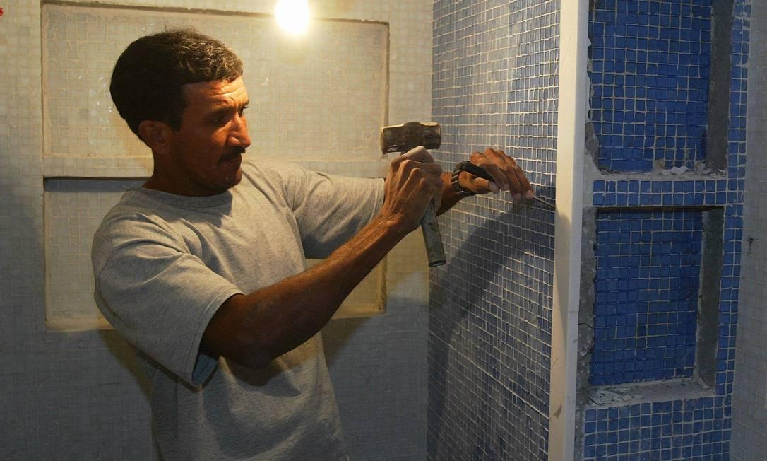 Reforma em residências: classe média terá nova linha de crédito para materiais de construção Foto: Fábio Rossi/Arquivo / O Globo