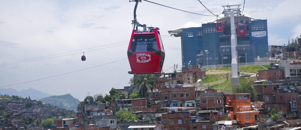 A VIAGEM DA primeira estação, em Bonsucesso, à última, em Palmeiras, tem duração de 16 minutos. Foto: Cecília Acioli