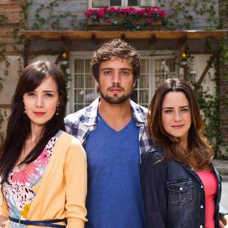 Marjorie Estiano, Rafael Cardoso e Fernanda Vasconcellos: protagonistas de 'A vida da gente' Foto: Paula Giolito