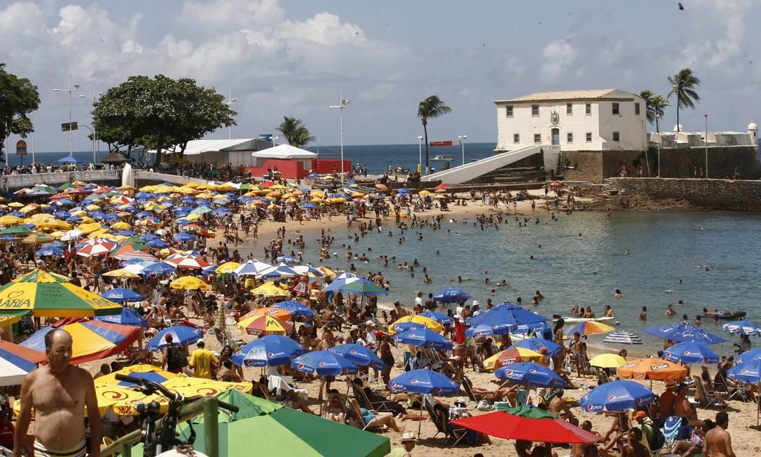Mesmo com todo o sol e todo o mar, o verão em Salvador não tem sido tranquilo nestes últimos dias Agência A Tarde