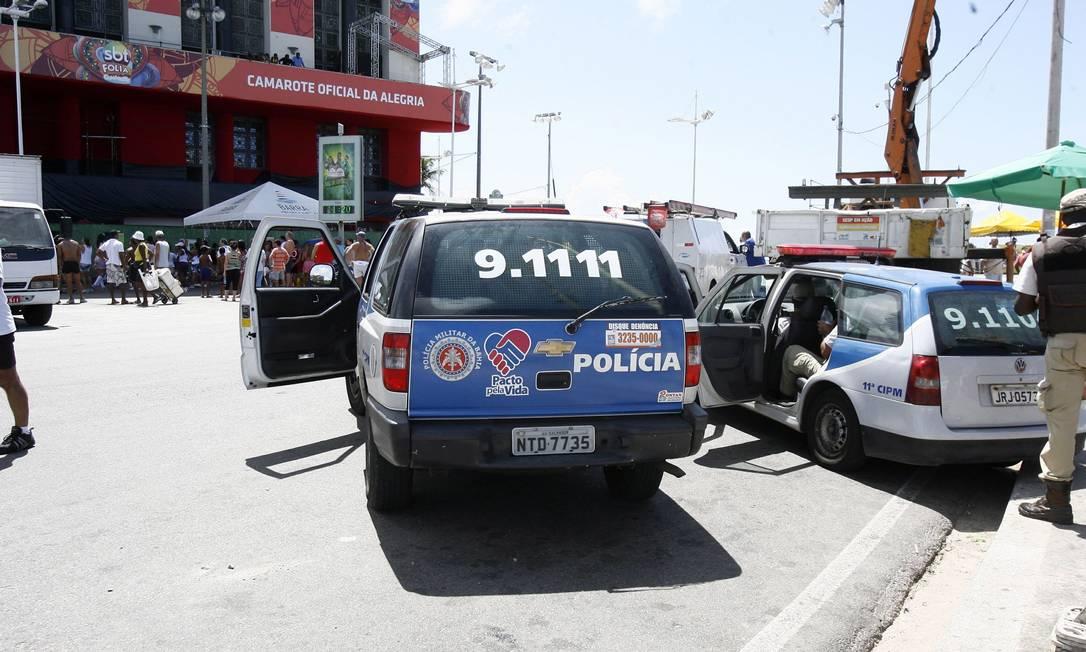 Apesar da paralisação, viaturas de policiais militares também garantem a segurança da população de Salvador Agência A Tarde