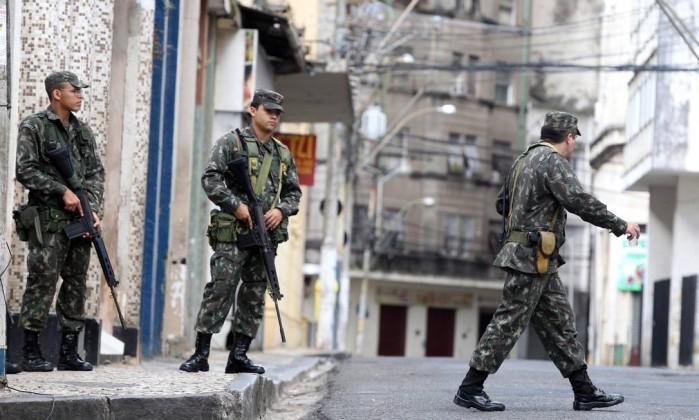 Os militares estão em Salvador para reforçar a segurança e garantir a ordem pública Agência A Tarde