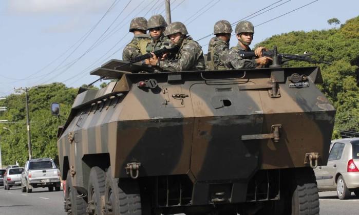 Com o reforço do policiamento, o governo pretende garantir a segurança da população da capital baiana Divulgação