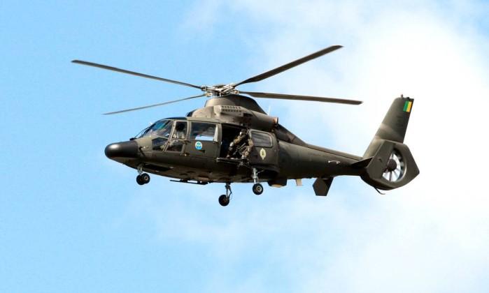 Dois helicópteros sobrevoam a Assembleia Legislativa Divulgação / Governo da Bahia