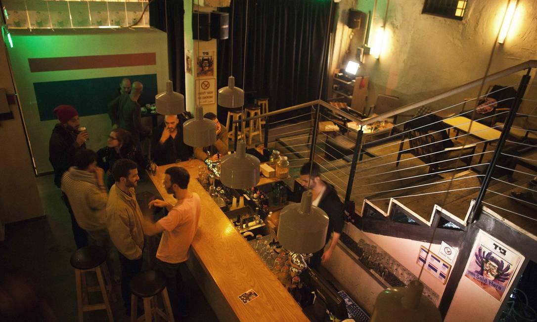 """A agitada cena noturna contribuiu para a escolha de Tel Aviv como melhor destino gay de 2011 pelo site """"Gay Cities"""" Foto: Nir Elias / Reuters"""