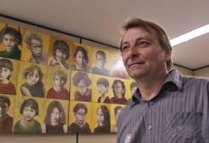 'Claro que vou. Imagina se não', disse Battisti sobre desfilar no Cordão do Bola Preta Foto: André Coelho / O Globo