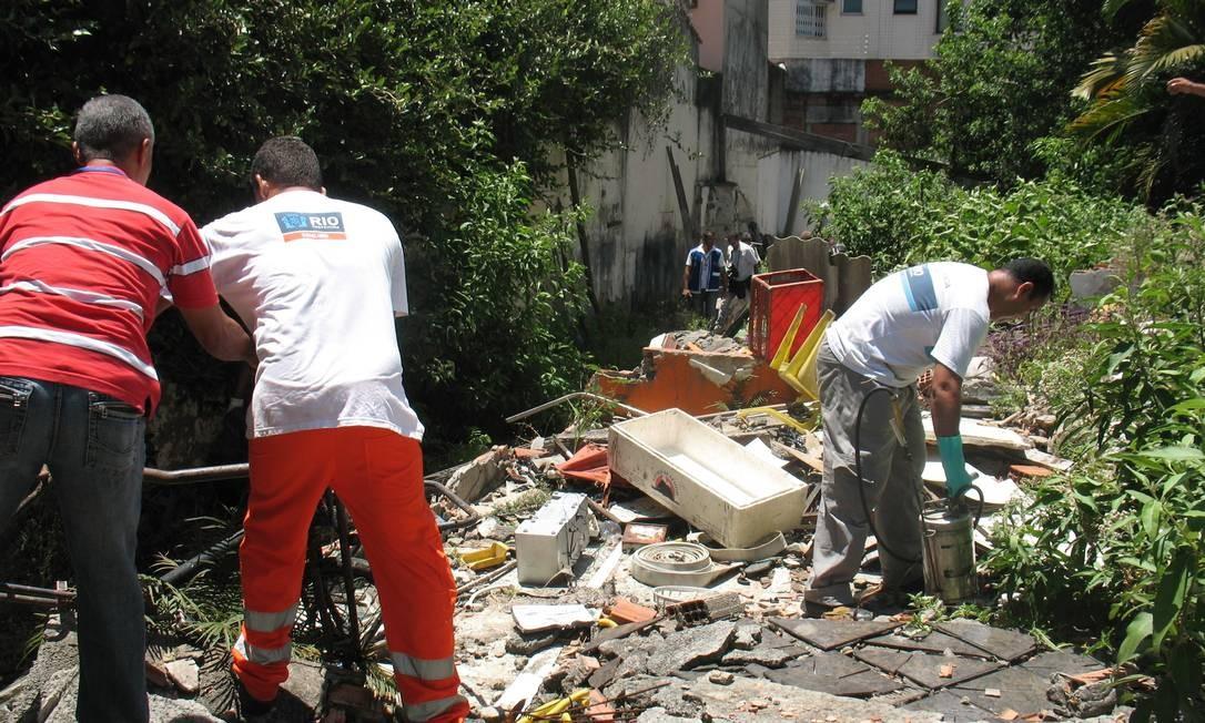 Operação contra a dengue é feita no bairro da Barra da Tijuca Foto: Divulgação